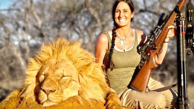 Top 10 Infamous Animal Hunters