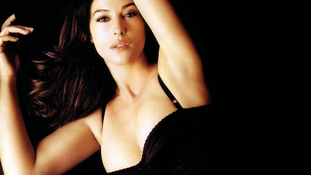 Top 10 Movies of the Oldest Bond Girl – Monica Belluci
